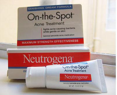 Có nên sử dụng kem neutrogena trị mụn ảnh 1