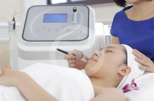 Các sản phẩm trị mụn liệu có hiệu quả ảnh 2
