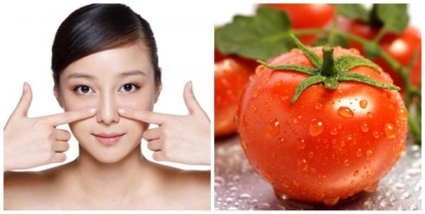 Mẹo trị mụn cám hiệu quả bằng cà chua