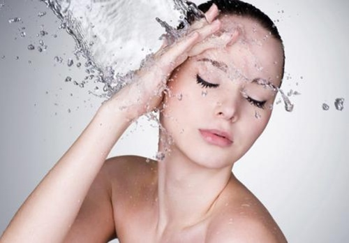 Cần vệ sinh da mặt đúng cách