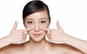 Cách chữa trị mụn cám và mụn đầu đen ở mũi nhanh nhất