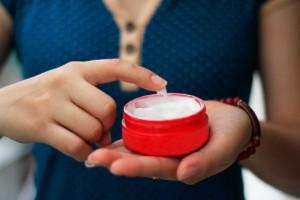Bạn đã sử dụng thuốc trị thâm mụn đúng cách?