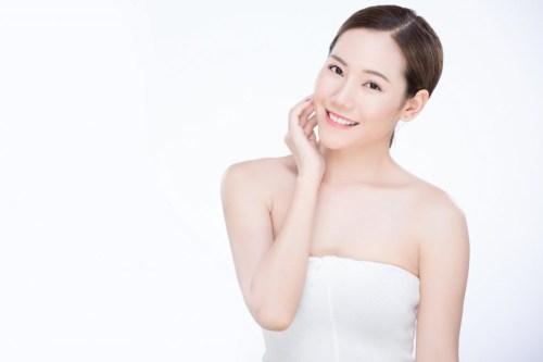 trị mụn acne laser loại bỏ vết thâm và sẹo