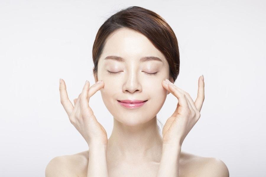 Trị mụn lâu năm hiệu quả tức thì trong 1 tháng với công nghệ trị mụn Acne Remove 1